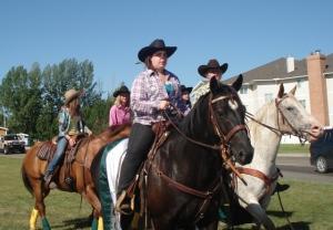 Strathmore Parade - Horses